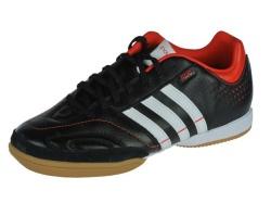 Adidas-zaal- indoorschoen-Nova1